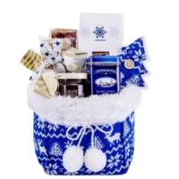 winter-tea-basket